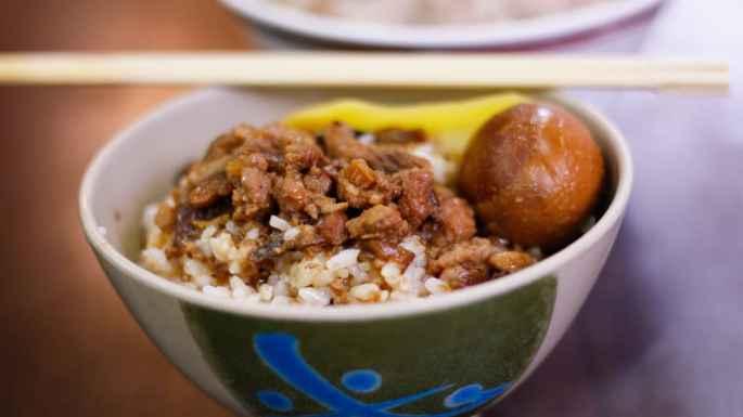 http _cdn.cnn.com_cnnnext_dam_assets_150520113507-best-taiwanese-food--1braised-pork-lurou-rice